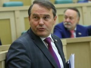 Заседание Совета Федерации РФ, на котором рассмотрен вопрос об отмене использования ВС РФ на Украине